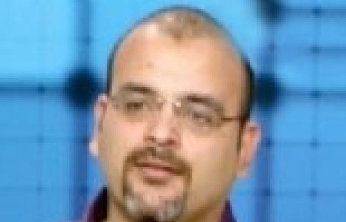 """بهجت قمر يستغيث بالشرطة من خلال """"فيس بوك"""" بعد محاصرة بلطجية له في الإسكندرية"""