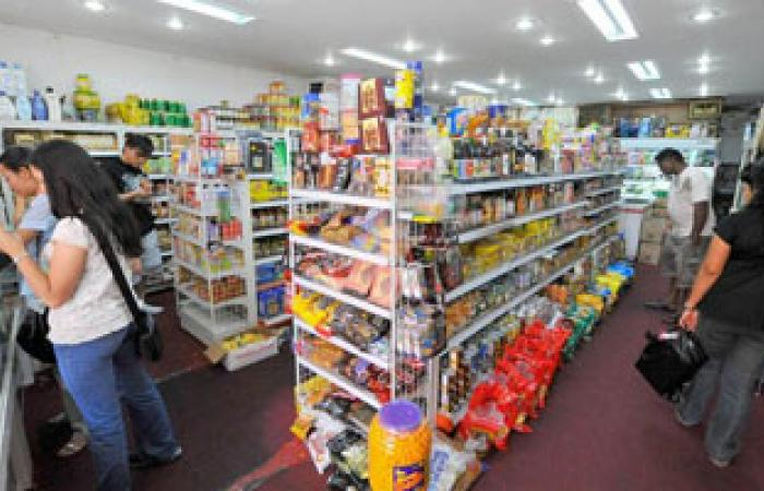 """استمرار المواطنين فى تخزين الغذاء خوفاً من احتجاجات أنصار """"المعزول"""""""