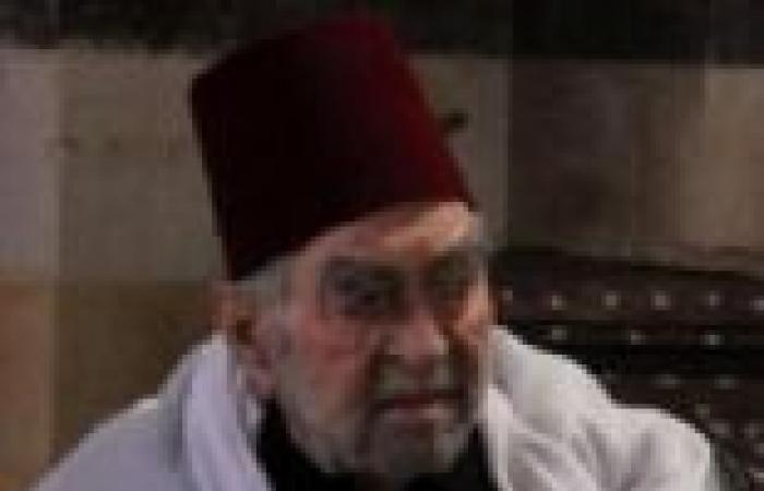 """الحلقة (21) من """"قمر الشام"""": """"شهران"""" يسافر لدمشق وتركيا لشراء بضائع"""