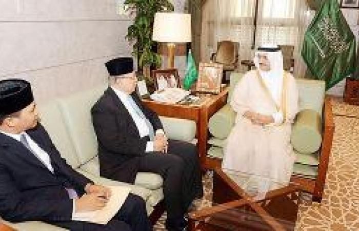 أمير الرياض يستقبل سفير بروناي