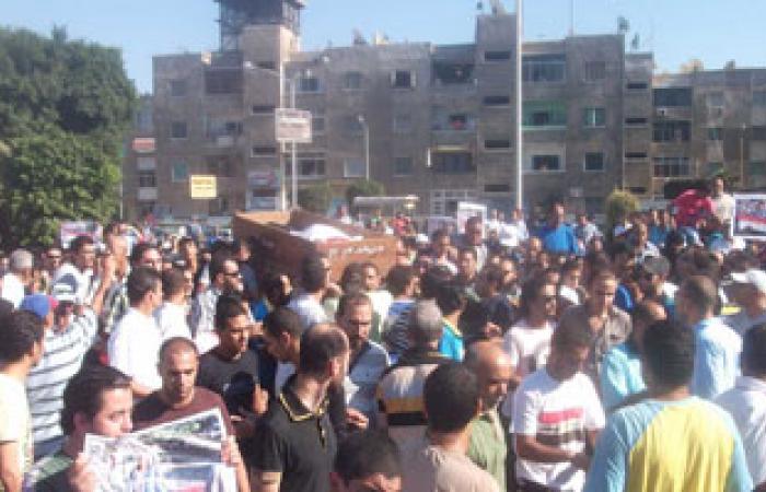 التل الكبير تشيع جثمان ضحية اشتباكات الإخوان وأهله يرفضون العزاء