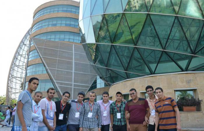 بالصور.. اتحاد طلاب هندسة الفيوم يزورون لمستشفى سرطان الأطفال
