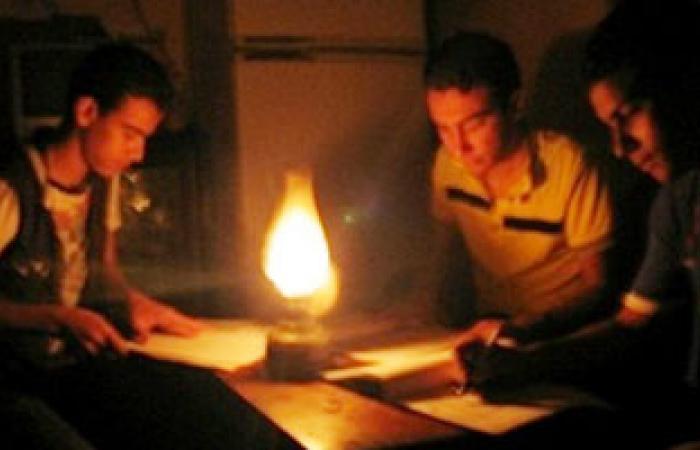 استمرار انقطاع التيار الكهربائى عن قرية بالدقهلية منذ أمس