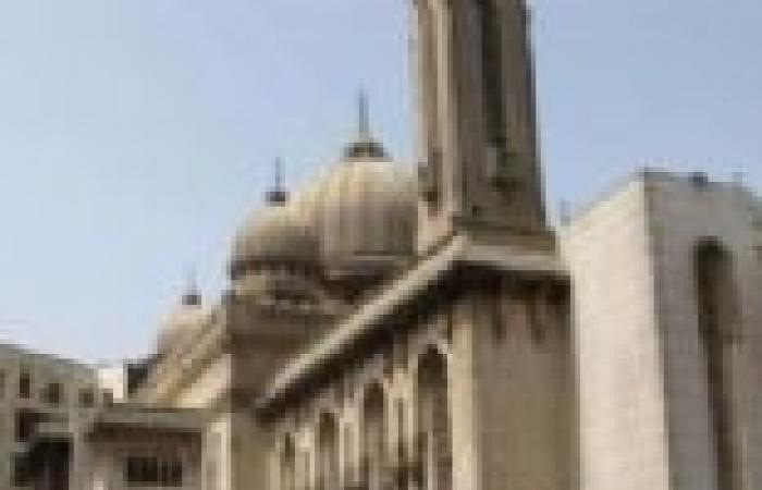 خطيب الجمعة بالمنيا يدعو الشعب إلى تعلم السياسة من الرسول
