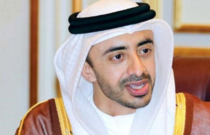 عبد الله بن زايد يوجه باستقدام أشهر الأطباء لمتابعة حالة سفير الإمارات في الكويت