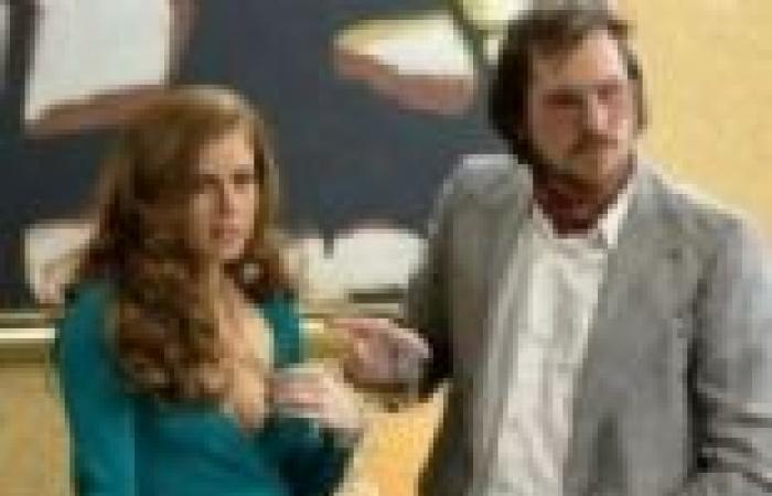"""""""كولومبيا"""" تطرح المقدمة الإعلانية الأولى لفيلم American Hustle"""