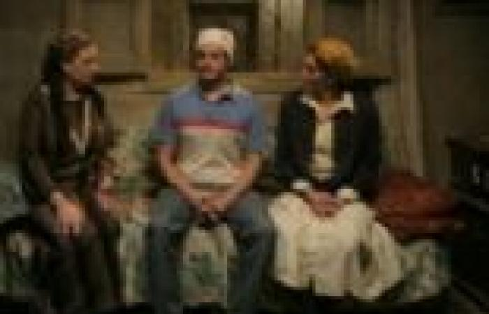"""الحلقة (24) من """"بدون ذكر أسماء"""": """"أبوقرن"""" يخرج من السجن.. و""""نوارة"""" و""""معتمد"""" يرجعان من السعودية"""