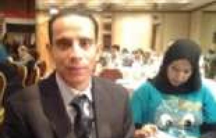 قطع الكلمة عن مصري مغترب طالب بحقوق العاملين بالخارج