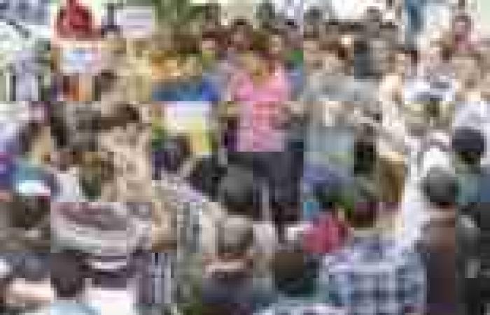 طلاب يتظاهرون أمام «التعليم العالى» للإفراج عن زملائهم