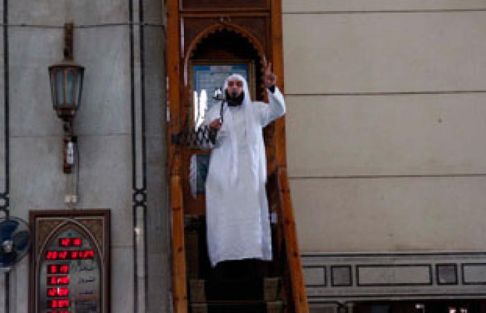 أزهريون بخطب الجمعة يشددون على حرمة الدماء والمساجد