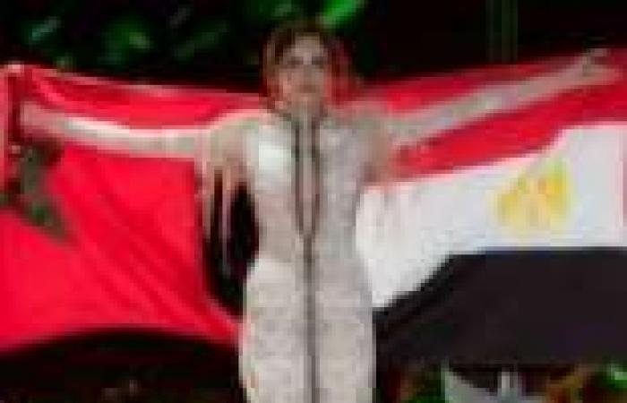 """آمال ماهر ترفع علم مصر والمغرب في مهرجان """"تطوان"""""""