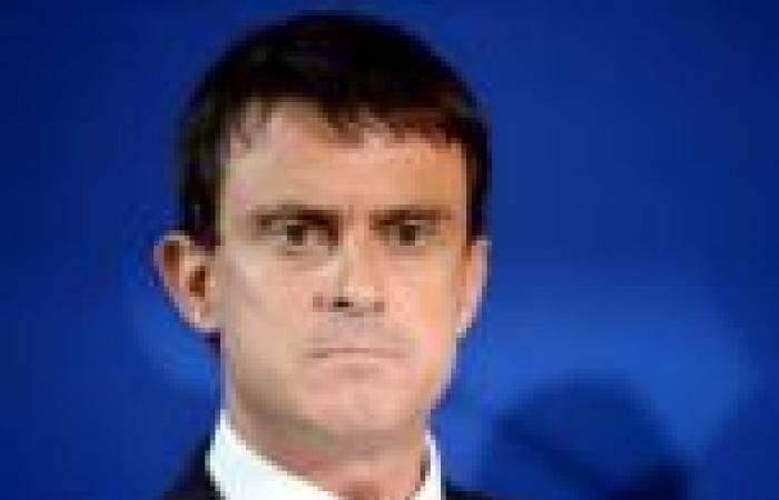 وزير داخلية فرنسا: أي اعتداء على مسجد أو امرأة منتقبة يعد اعتداء على الدولة