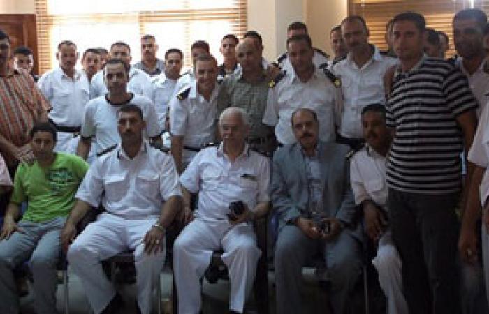 مدير أمن الإسكندرية يكرم مدير شرطة النجدة السابق