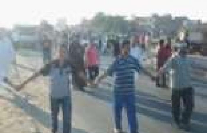 """بالصور│ مسيرة لأنصار المعزول في """"البرلس"""" بحضور قيادات الإخوان للتنديد بالانقلاب العسكري"""