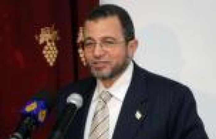 ضبط أحد مستشاري «قنديل» بتهمة حيازة مستندات رسمية