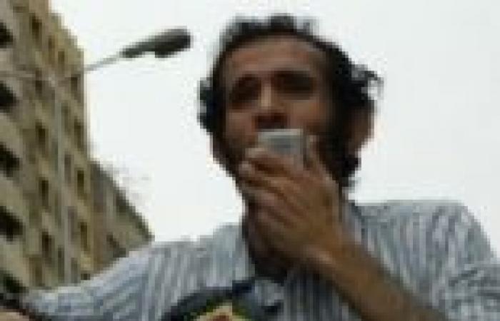 """""""6 أبريل"""" تنظم وقفة تضامنية مع الناشط هيثم محمدين غدا أمام """"الصحفيين"""""""