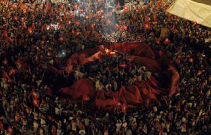 الاتحاد العام التونسى للشغل يحث على تقديم تنازلات للخروج من مأزق