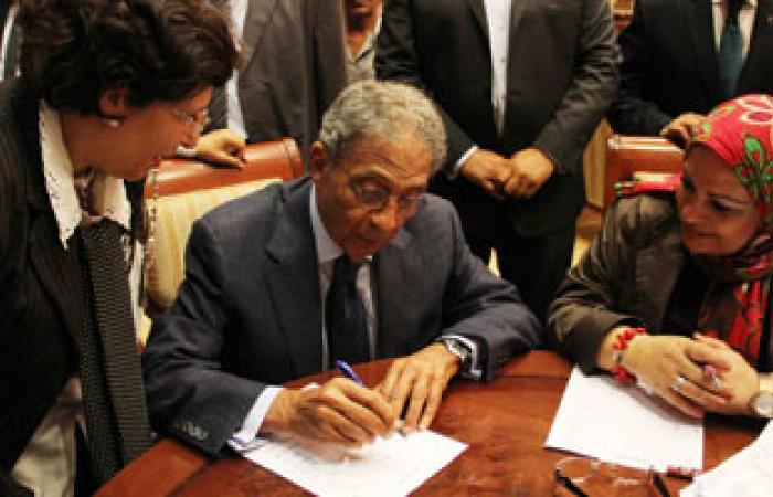 ماهر مناع: القوات المسلحة تعد رؤية للدستور ستقدمها للجنة الخمسين