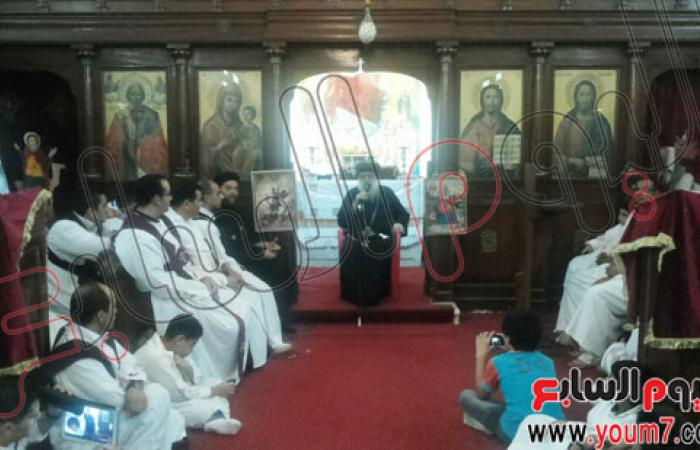 بالصور..الأنبا باخوميوس يزور مطروح للاحتفال بذكرى تطييب الشهداء