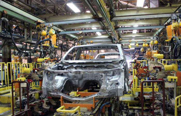بالصور: جنرال موتورز تقيم جولة لاطلاع الصحفيين على خط إنتاج شيفرولية
