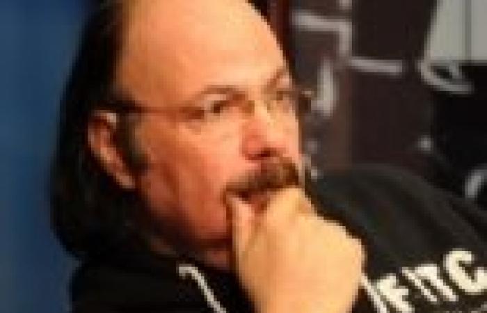 """طلعت زكريا: """"الإخوان"""" اخترقوا صفحتي على """"فيس بوك"""""""