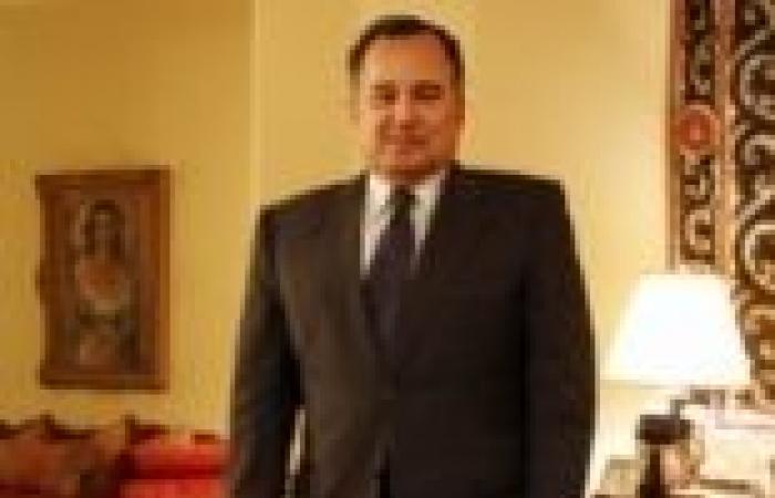 جلسة مباحثات ثنائية بين وزير الخارجية ونظيره الأمريكي في باريس