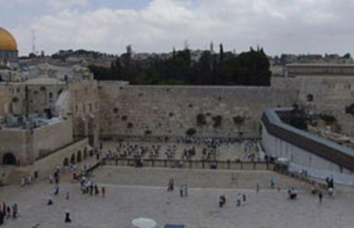 الشرطة الإسرائيلية تؤكد أحقية اليهود فى دخول المسجد الأقصى فى أى وقت