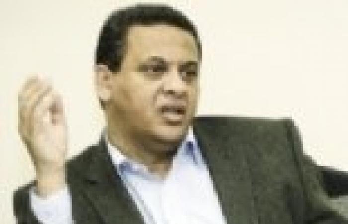 رحلة «التربيطات»: «السادات» يلجأ لـ«شفيق» و«الاستقلال» يلتقى التيار الشعبى