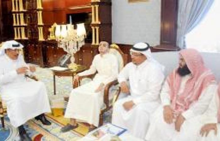 أمير الباحة يدعو إلى دراسة أوضاع الطرق بالقطاع التهامي