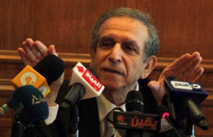 القوى الثورية بالزقازيق تستنكر انسحاب حسام عيسى من جامعة القاهرة