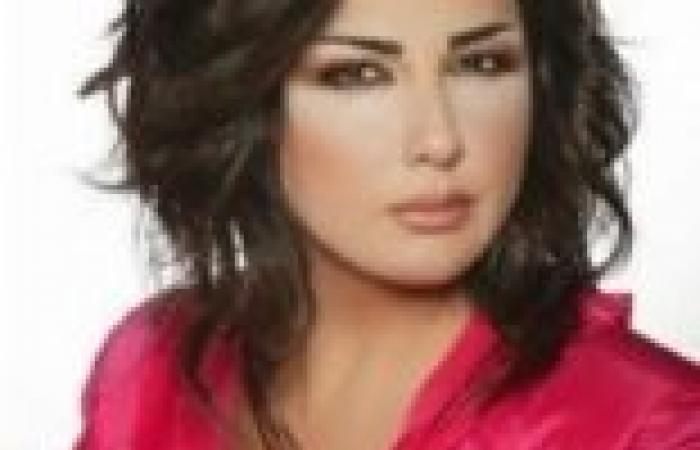 """الإعلامية اللبنانية ماريا معلوف تفوز بلقب """"امرأة العام 2013"""""""