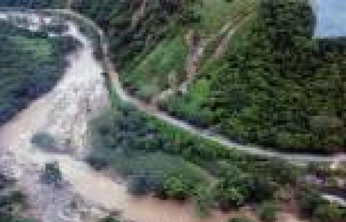 مقتل 80 واندلاع أعمال نهب بالمكسيك عقب اجتياح فيضانات منتجع «أكابولكو»