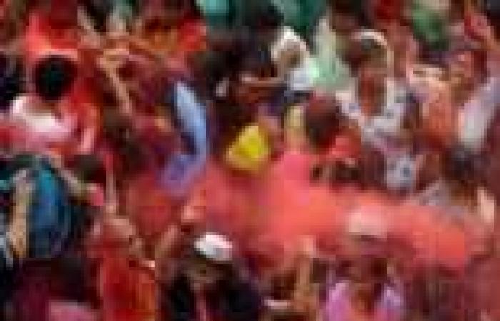 مقتل 17 هنديا في نيودلهي نتيجة التزاحم في عيد الإله غانيشا