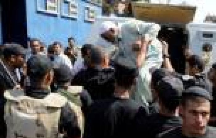النائب العام يأمر بحبس 76 متهمًا ضبطوا في كرداسة بتهم «الإرهاب والبلطجة والقتل»