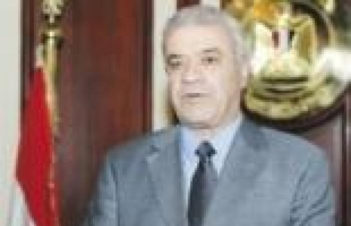 """وزير الكهرباء يعود إلى القاهرة بعد حضوره اجتماعات """"الطاقة الذرية"""" في فيينا"""