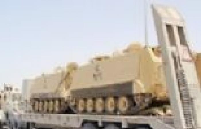 «الأباتشى» تدمر 4 بؤر إرهابية فى سيناء وضبط إخوانى بحوزته خرائط عسكرية