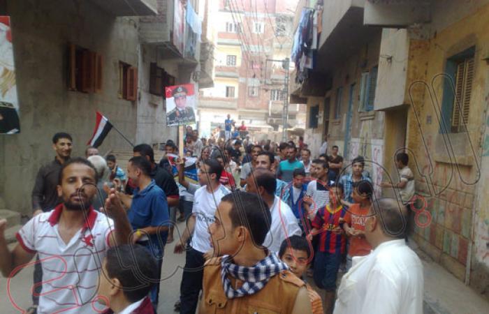 مسيرة حاشدة بقرية أويش الحجر بالمنصورة لترشيح السيسى للرئاسة