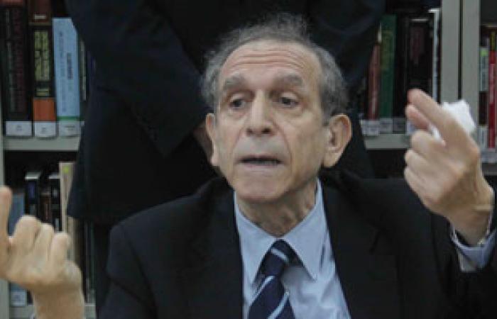 """حسام عيسى لطلاب """"عين شمس"""": لا وجود للضبطية القضائية"""