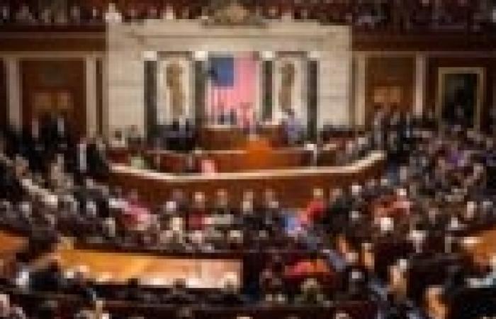 اقتراع محتمل لمجلس النواب الأمريكي على قانون سقف الدين يوم الجمعة