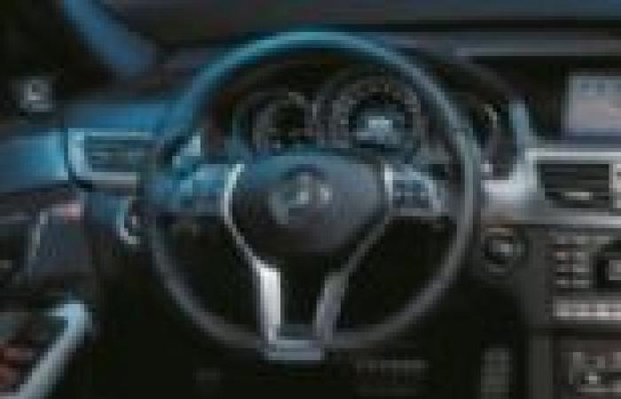 «مرسيدس» تطرح سيارة بلا سائق فى معرض فرانكفورت الدولى