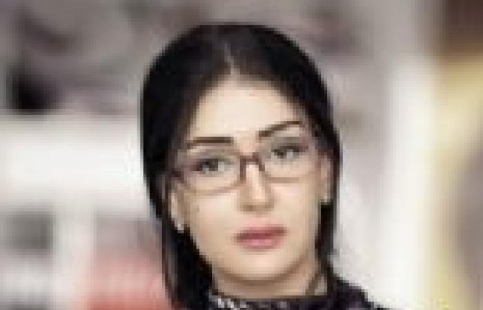 غادة عبد الرازق تهنئها بإطلالتها.. وشريهان ترد: رأيت فيك نجمة كبيرة في أول مقابلة