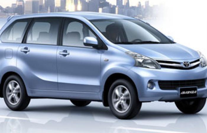 تويوتا تستدعى نحو 694 ألف سيارة سيينا مينى فان فى أمريكا الشمالية
