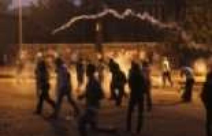"""تفريق مظاهرة لـ""""الإخوان"""" ومداهمة منازل قياداتهم بأبنوب في أسيوط"""