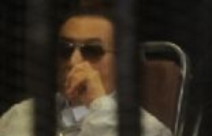 """النيابة تجدد استدعاء الطبيب المتهم بتسريب تسجيلات """"مبارك"""""""