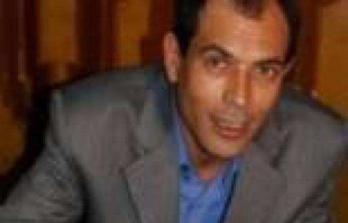 """عصام الشريف: مذكرات """"عنان"""" محاولة لتجميل نظام """"مبارك"""" بعد سقوط """"الإخوان"""""""
