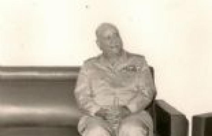 «الوطن» تنفرد بنشر مذكرات المشير أحمد إسماعيل.. وزير حربية معركة الكرامة