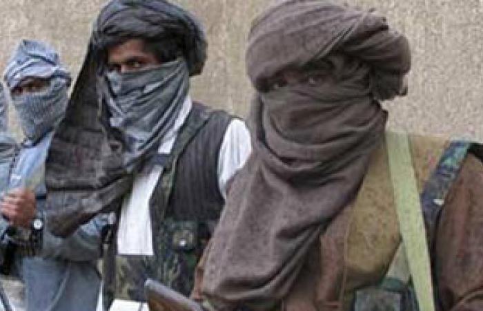 """""""القاعدة"""" تقتل عنصرًا منشقًا عنها تعاون مع الأمن اليمنى"""