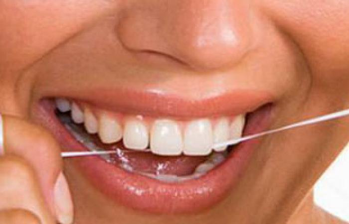إفراط القدماء فى استخدام خلة الأسنان ساهم فى إصابتهم بعدوى الفم