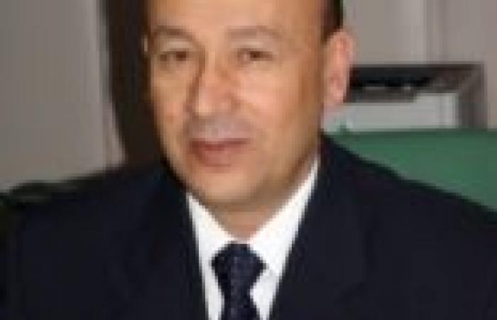 """وزير الطيران المدني: """"الأولترس"""" استخدموا الخرطوش والبلي في اشتباكهم مع الأمن"""
