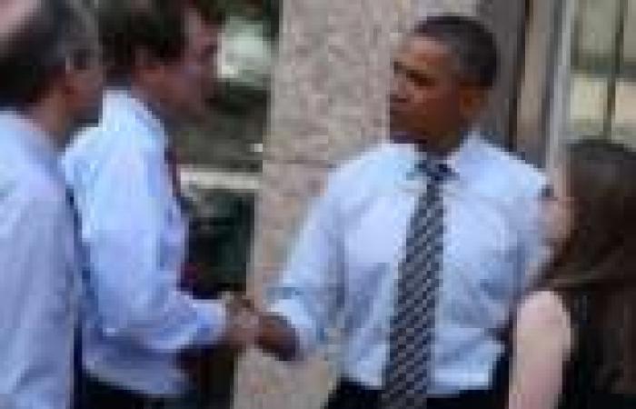 أوباما يدعو جميع الموظفين الأمريكيين الفدراليين للعودة إلى عملهم
